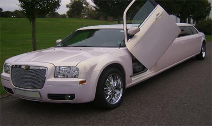 Baby Bentley Chrysler 300 Limo