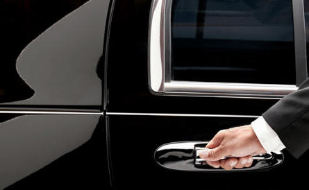 Chauffeur Airport Limo Hire