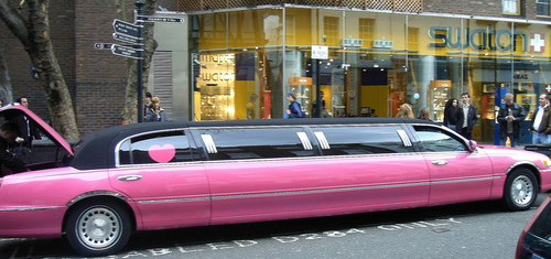 Coventry Pink Limo Hire