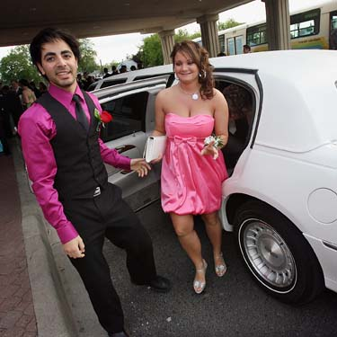 Loughborough School Prom Limo Hire